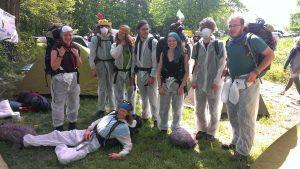 Ein Teil der JunepA-Bezugsgruppe kurz vor Aktionsbeginn